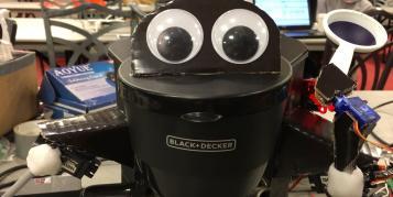 Kurios: Niedliche Kaffeemaschine wird von Alexa gesteuert