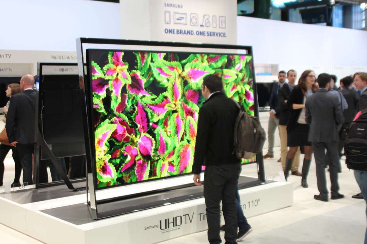 samsung uhd tv s9 110 zoll smart tv f r knapp euro erh ltlich tech de. Black Bedroom Furniture Sets. Home Design Ideas
