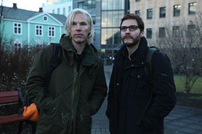 """""""Inside WikiLeaks - Die fünfte Macht"""": Erster Trailer zeigt Benedict Cumberbatch als Julian Assange"""