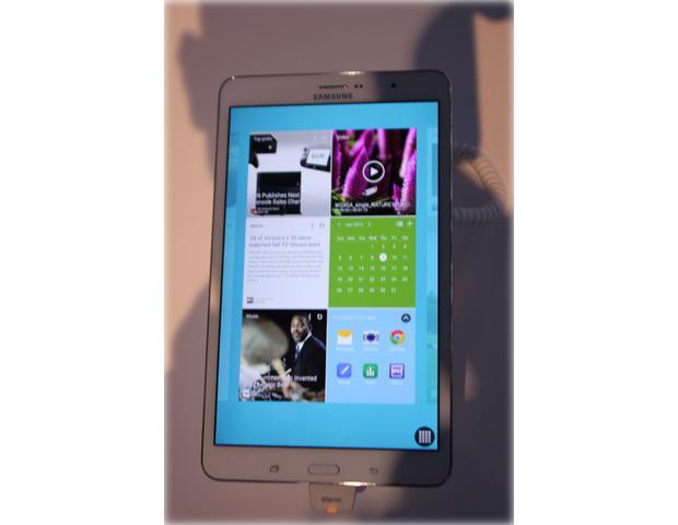 Samsung Galaxy Pro-Serie: Kachel-Oberfläche für mehrere Apps auf einen Blick