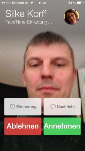 FaceTime zeigt nicht nur euren Gesprächspartner, sondern auch euch selbst während des Videotelefonats.