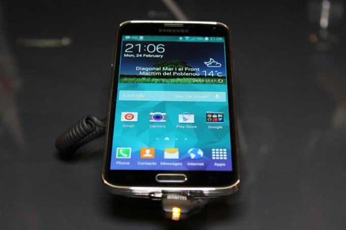 Flaggschiff-Smartphones von Samsung, Apple & Co.: Die 7 Spitzenmodelle 2014
