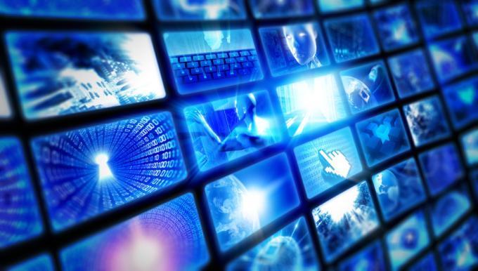 Auch Google strebt mit Android TV auf den Fernseher