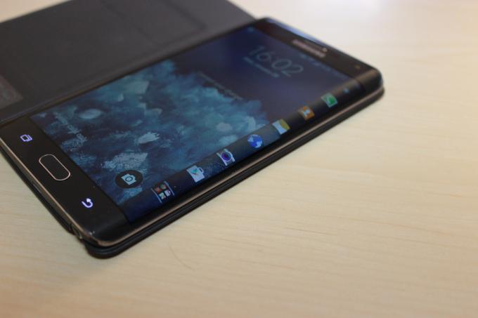Das Galaxy Note Edge ist sehr gut verarbeitet