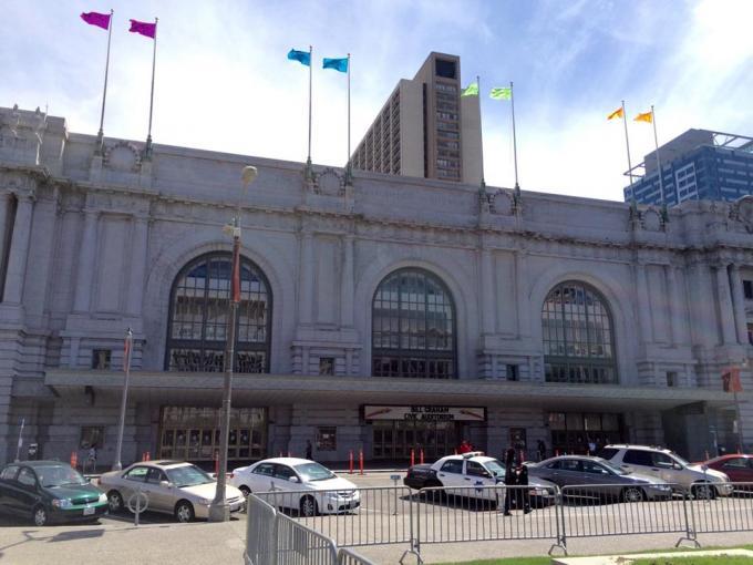 Bill Graham Auditorium Center - der Veranstaltungsort des iPhone-Events?