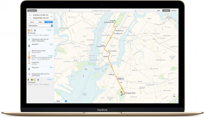 Große Neuerung in der Karten-App: ÖPNV- und Zug-Daten. Leider funktioniert das vor allem in China. In Deutschland ist bislang nur Berlin dabei.