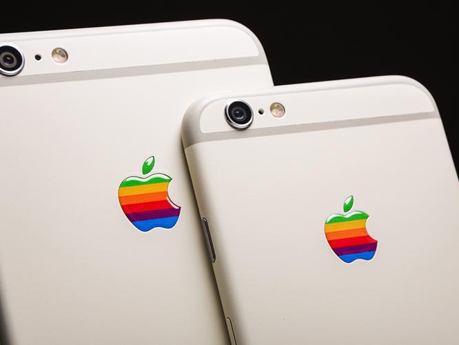 Das iPhone 6s & das iPhone 6s Plus im Stil des Apple IIe