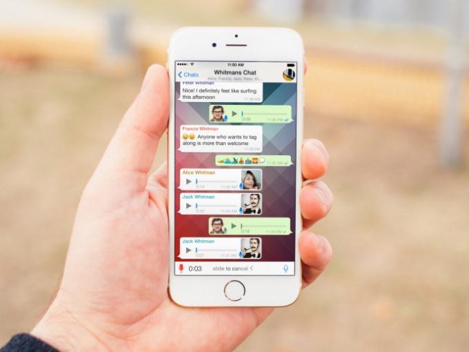 Facebook will an die Daten der WhatsApp-Nutzer