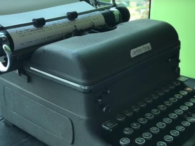 Die Schreibmaschine braucht nur ein wenig Input