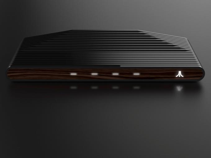 Die kommende Atari Box mit Furnier-Front