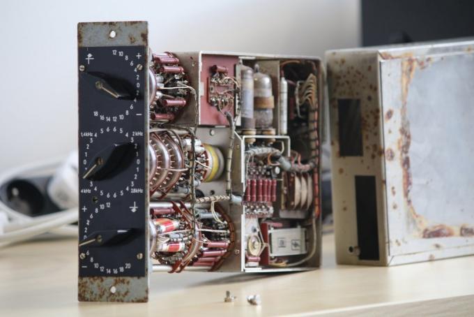 Das Plug-in Audified RZ062 emuliert den Klangfilm RZ062a und RZ062b