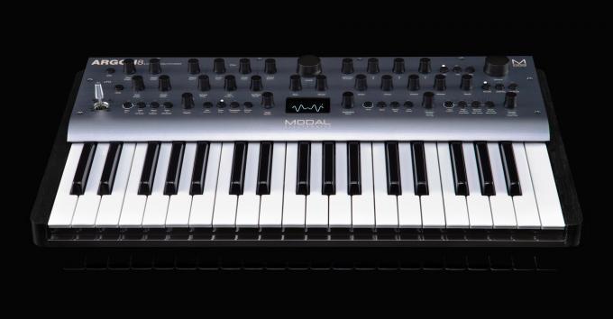 Modal Argon8: Wavetable-Synthesizer mit acht Stimmen