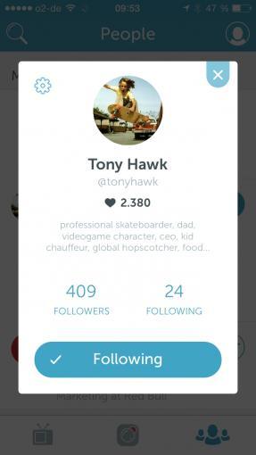 Man kann anderen Nutzer folgen und wird bei einem Live-Stream per Push-Meldung benachrichtigt