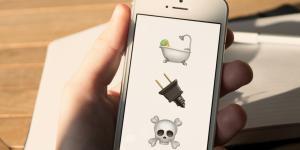 Tod durch iPhone: Brite stirbt beim Aufladen in der Badewanne